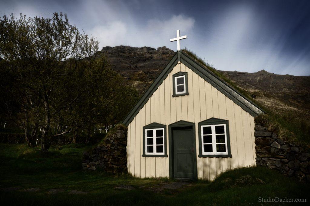 Hof Eglise tourbe Islande