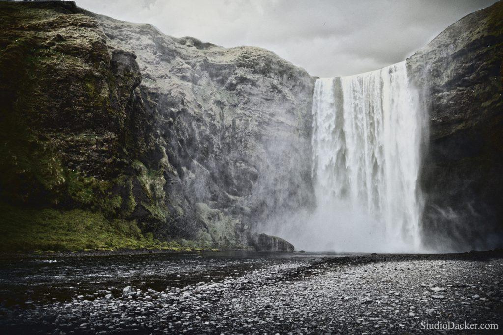 Skogafoss islande cascade waterfall