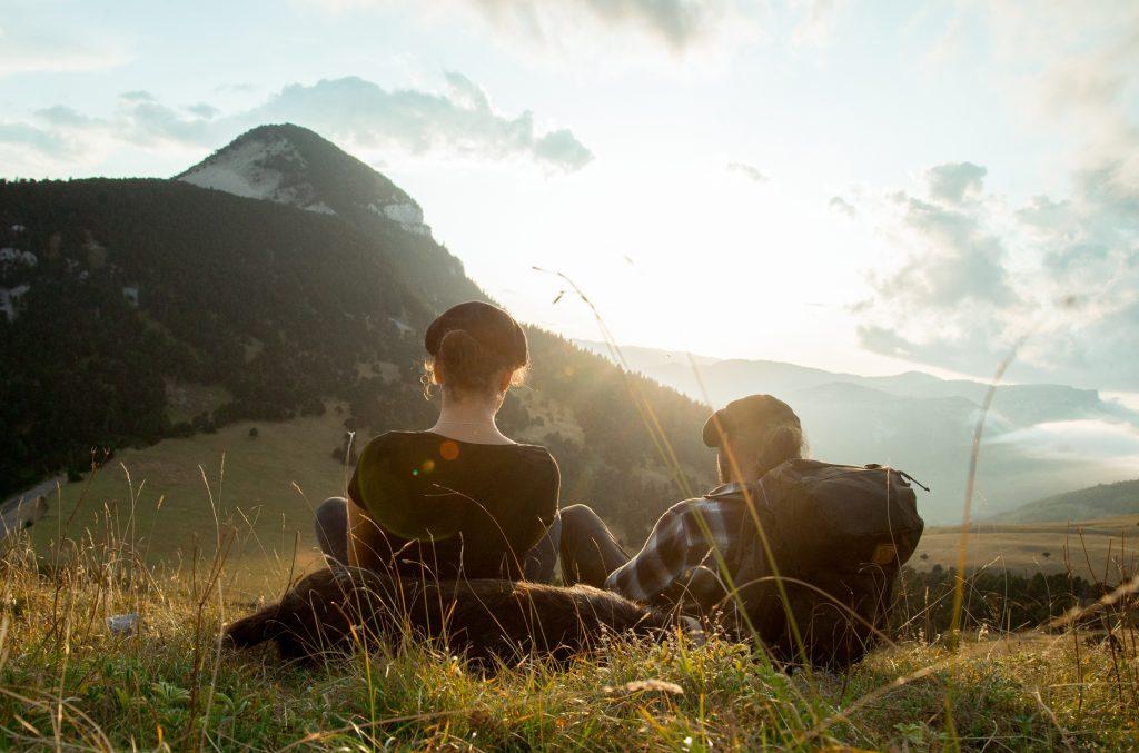 Portrait au couché du soleil dans les montagnes du vercors